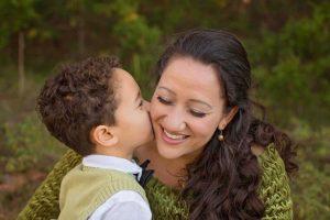 Read more about the article 5 moduri de a crește inteligența emoțională a copilului tău