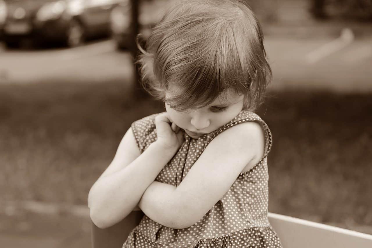 12 pași pentru a-ți ajuta copilul să scape de timiditate 1