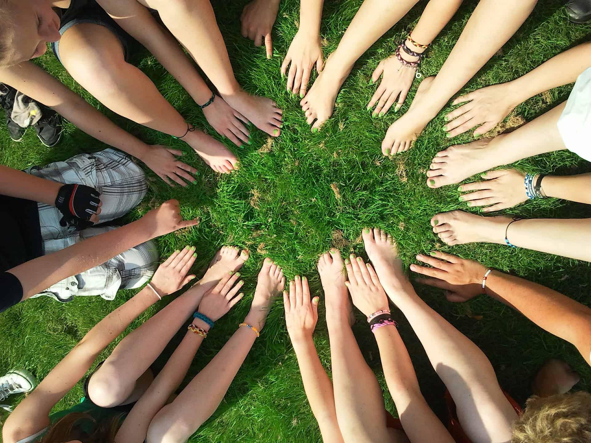 Care sunt activitățile de voluntariat potrivite pentru un adolescent? 1