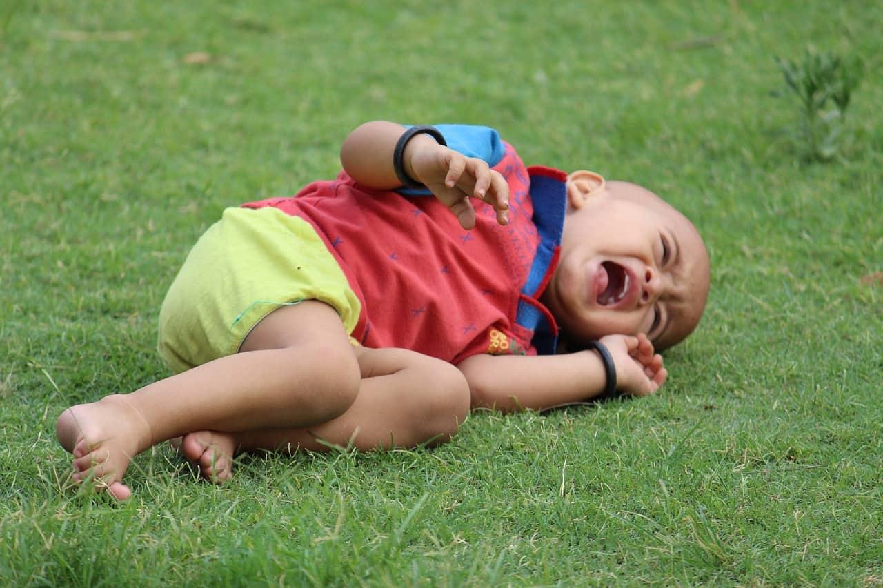 Ce faci atunci când te grăbești și copilul tău are o criză de furie/plâns? 1