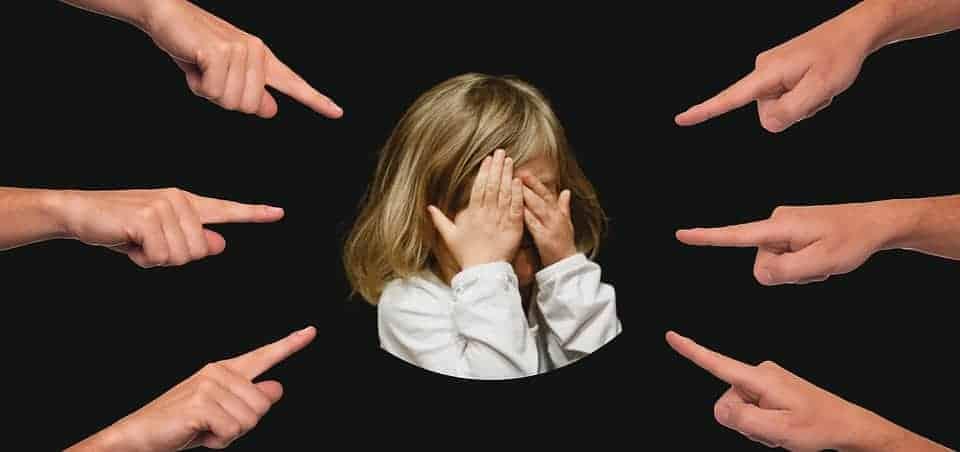 Cu toţii ne criticăm copiii, uneori! Oare există alternative la critică? 3