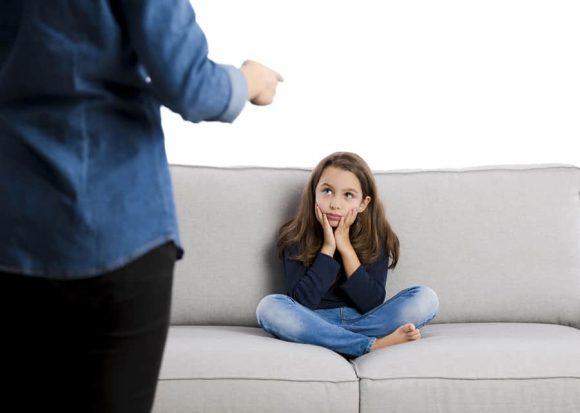Read more about the article Cum setăm regulile pentru copii şi cum îi facem să le respecte