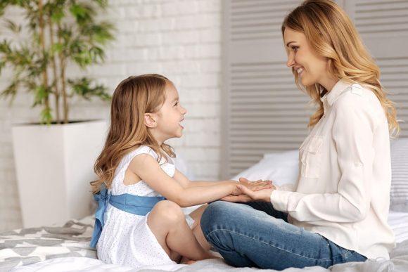 Read more about the article 20 de întrebări pentru copiii mici, care să le stimuleze gândirea
