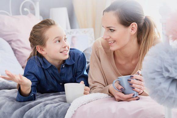 Read more about the article 20 de întrebări (mai profunde) pe care să i le pui copilului tău