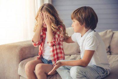 cum inveti copilul sa isi ceara scuze