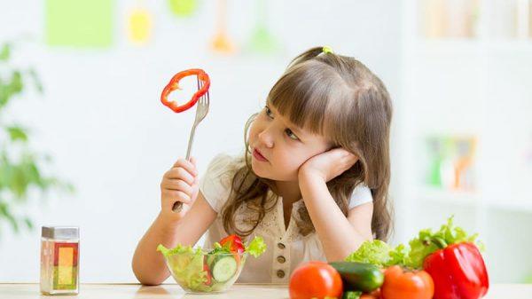10 alimente absolut necesare micuțului și cum să-l convingi să le mănânce 3