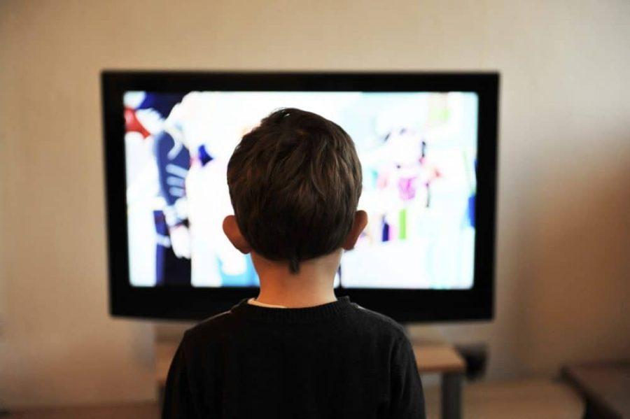 Copiii şi ecranele - efectele expunerii îndelungate la ecrane