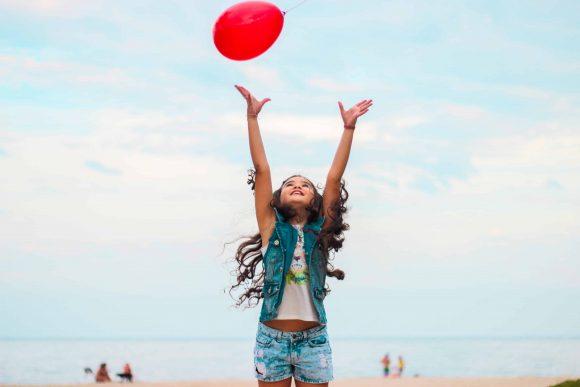 Read more about the article Dezavantajele supraprotecţiei părinţilor asupra copiilor