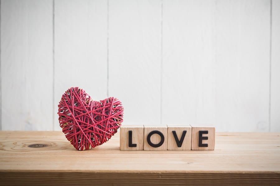 cum inveti copilul ce e iubirea