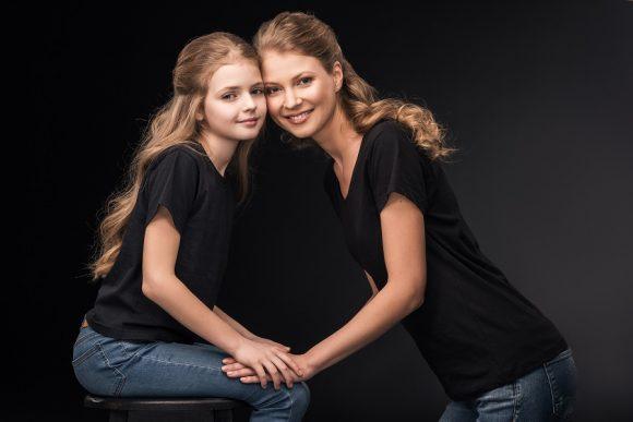 Read more about the article Eşti mamă de fetiţă? Dărâmă prejudecăţile şi creşte o luptătoare