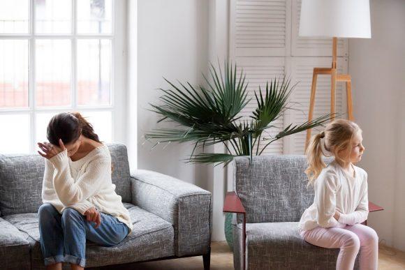 Read more about the article Cele 6 cauze care blochează comunicarea între tine şi copilul tău
