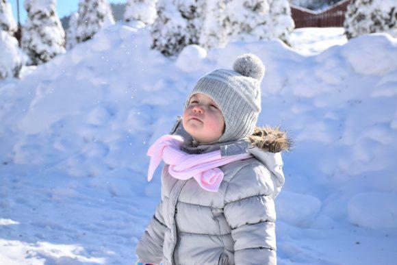 Read more about the article Cum să întărești sistemul imunitar al copilului tău în sezonul rece – 5 factori cheie