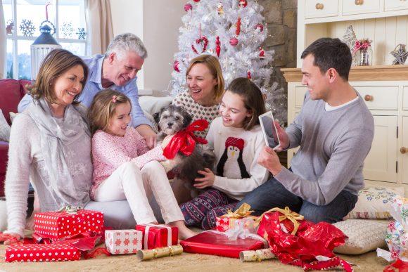 Read more about the article 25 de sfaturi esențiale pentru un Crăciun de poveste alături de familia ta (2018)