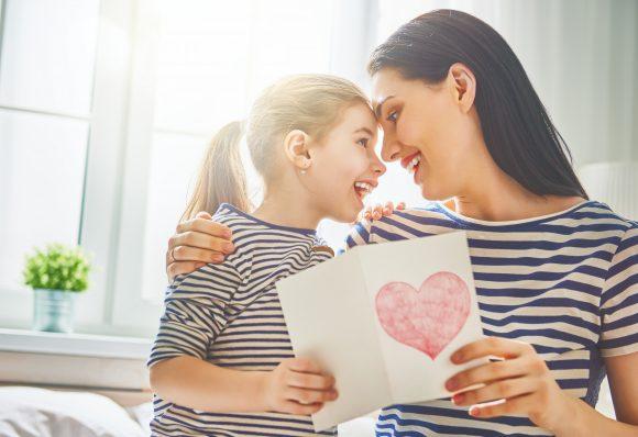 mama si copilul Cum educi un copil cu caracter frumos - plan în 7 paşi