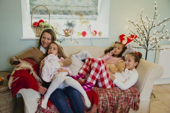 Read more about the article 10 cele mai frumoase filme de Crăciun de văzut în familie