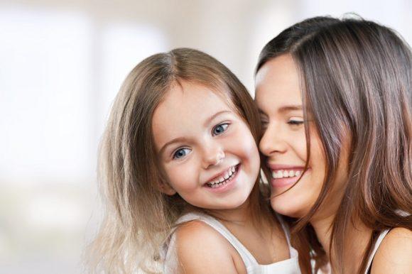 Cum să fii un părinte calm - 5 sfaturi de la Dr Laura Markham