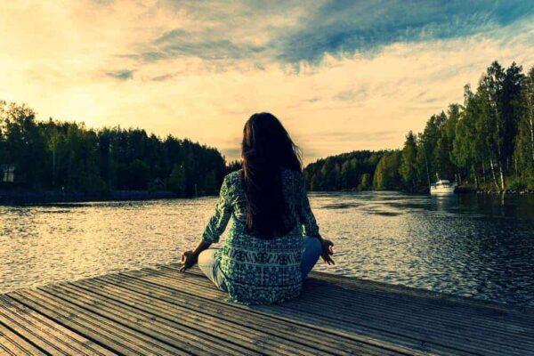 Încearcă meditaţia pentru fericirea ta