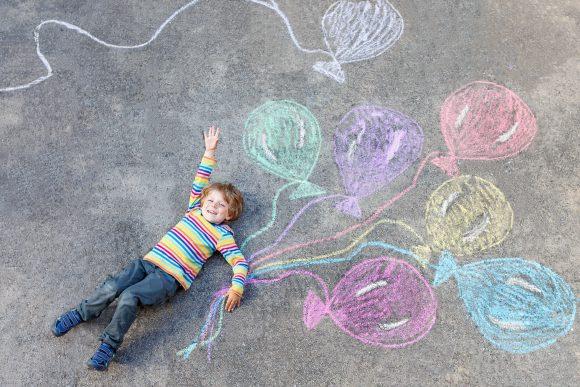 Creativitatea în joacă gândirea pozitivă a copilului