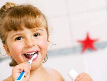Copil la stomatolog