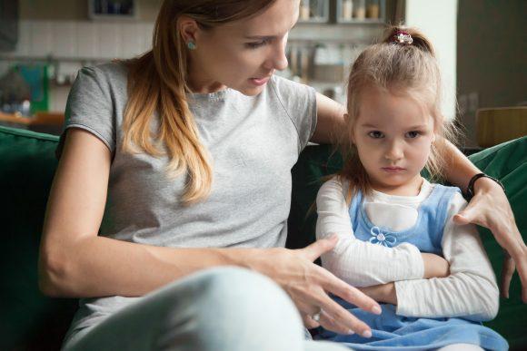 """Read more about the article """"Cum să fac să mă asculte mai mult copilul"""" – între obediență și cooperare"""