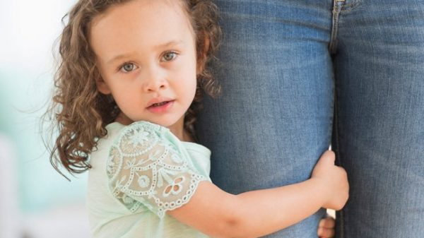 Timiditatea cum ajutăm copilul timid