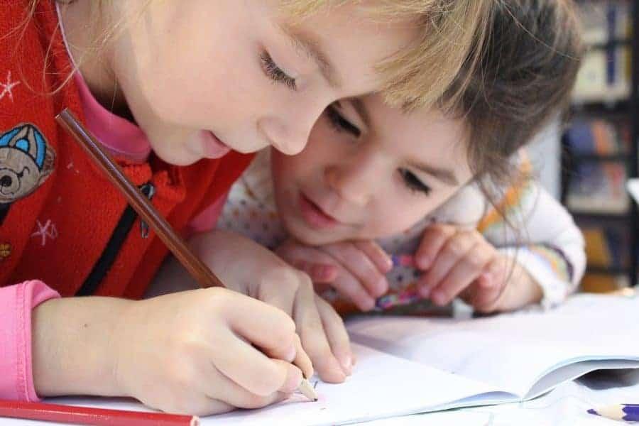 24 întrebări care te vor ajuta să identifici cât de pregătit este copilul tău să meargă la școală 5