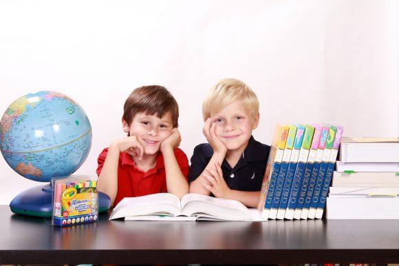 Read more about the article 28 de gânduri care te vor ajuta să crești reușitele școlare ale copilului tău