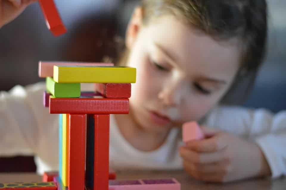 STUDIU: Ce beneficii cognitive au jocurile atunci când vine vorba despre învățare? 1