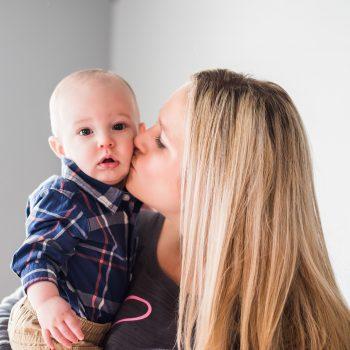 """5 pași siguri pentru """"dezamorsarea"""" unei crize de plâns a copilului 6"""