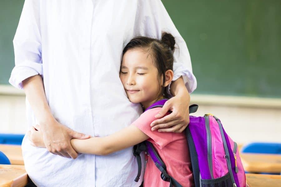 Ajută-ți copilul să-și dezvolte reziliența și simplitatea – virtuțile adulților de succes