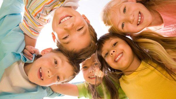 copii veseli