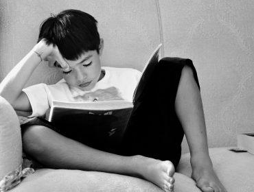 10 trucuri care îl vor face pe copilul tău să se îndrăgostească de lectură 2