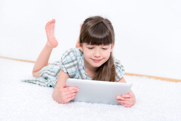Read more about the article 6 metode prin care îți poți învăța copilul să profite de tehnologie