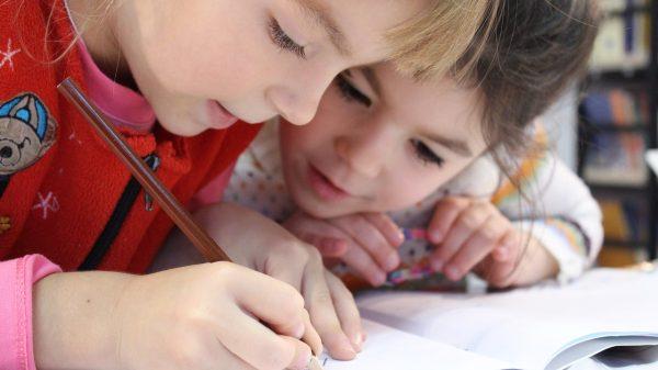 Cum să-ți motivezi copilul să meargă la școală – 5 Sfaturi utile 3