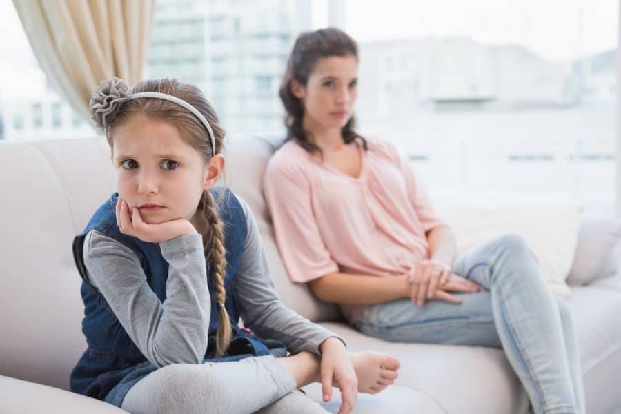 7 sfaturi care te vor ajuta să nu mai proiectezi problemele tale asupra copilului 5