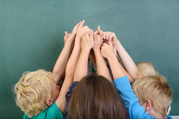 Read more about the article 9 Tipuri de comportament necesare într-o echipă – Află unde se integrează copilul tău