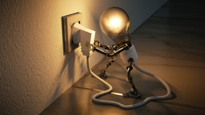 light bulb plug itself in