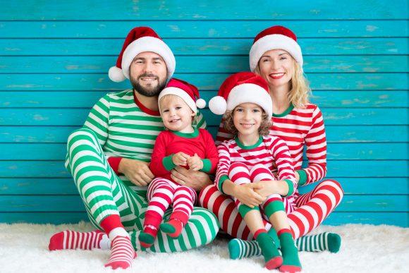 Read more about the article Peste 25 de activități distractive în familie în așteptarea Crăciunului