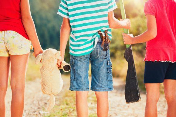 Read more about the article Oare joaca cu arme de jucărie promovează agresivitatea printre copii?