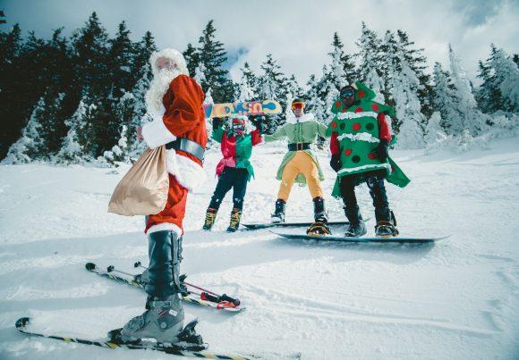 Read more about the article Spiridușii Tikaboo, Detectorul de vise și Făuritorul de jucării – o poveste de Crăciun