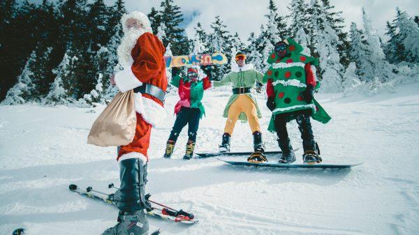Spiridușii Tikaboo, Detectorul de vise și Făuritorul de jucării – o poveste de Crăciun 1