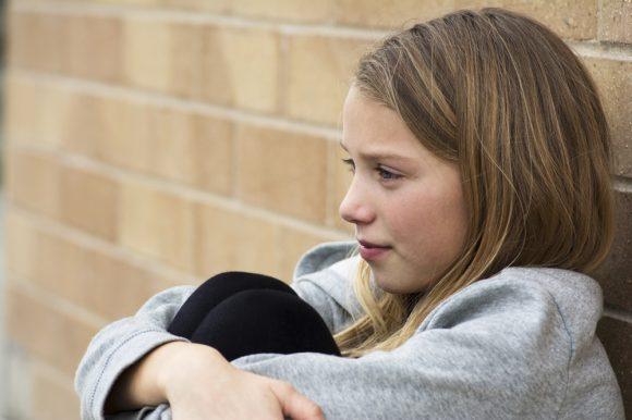 Read more about the article Care este legătura dintre reprimarea emoțiilor a copiilor și frica de eșec?