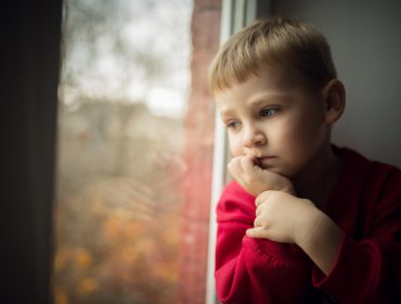 Cum se manifestă frica de abandon la copii? 1