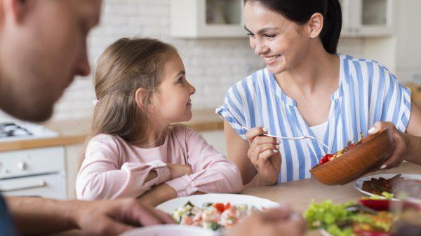 Cum le influențează alimentația starea de sănătate a copiilor? 1