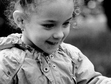 Trei atitudini de adoptat pentru a îmbunătăți comportamentul copilului, fără a da o etichetă 3