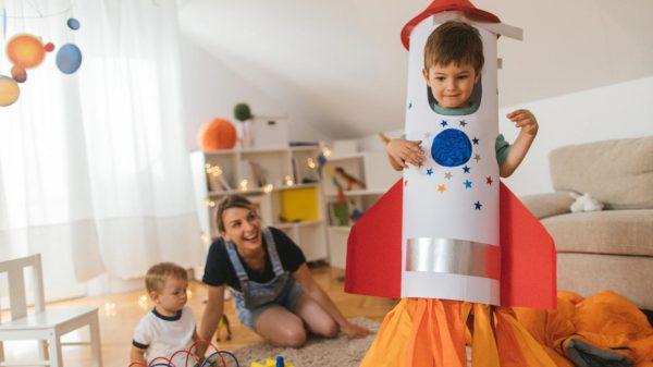 11 activități simple pentru a stimula creativitatea copilului tău 17