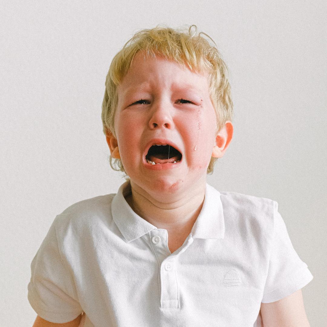 """10 afirmații prin care """"Nu mai plânge!"""" poate fi substituit cu succes 1"""