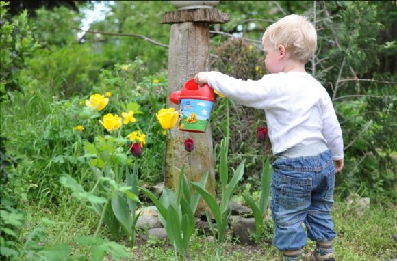 Read more about the article Cum te poate ajuta o practică simplă să sporești bucuria și încrederea copilului tău?