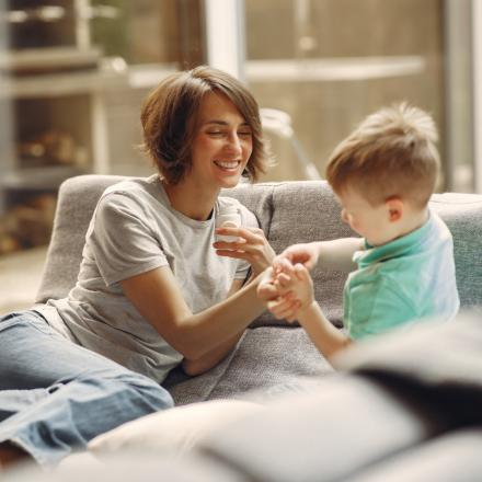 Read more about the article Cele 4 etape ale conexiunii cu copilul tău