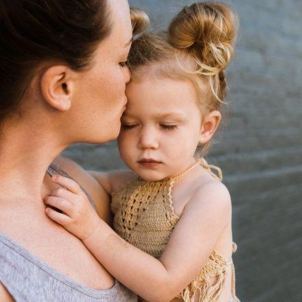 """Read more about the article Îndrăznește să-i spui """"iartă-mă"""" copilului tău atunci când ai greșit!"""